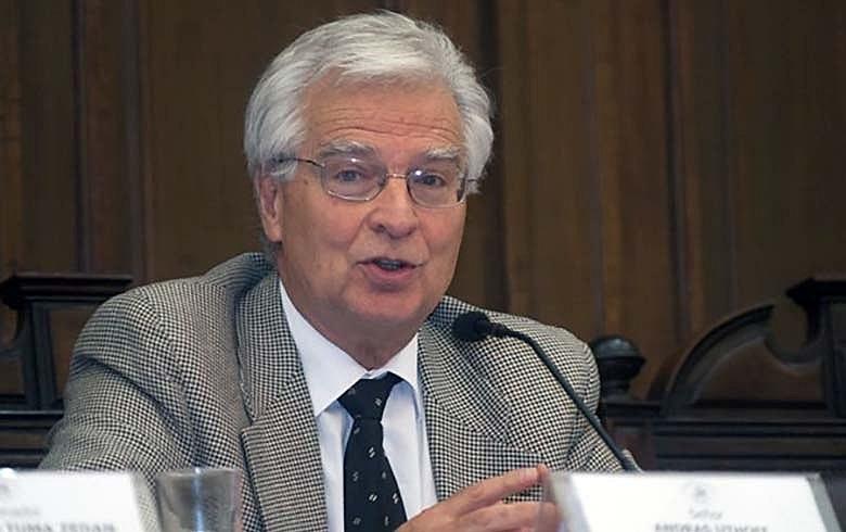 Andras Uthoff: uma 'situação dramática', com quase 80% abaixo do salário mínimo e 44% aquém da linha da pobreza