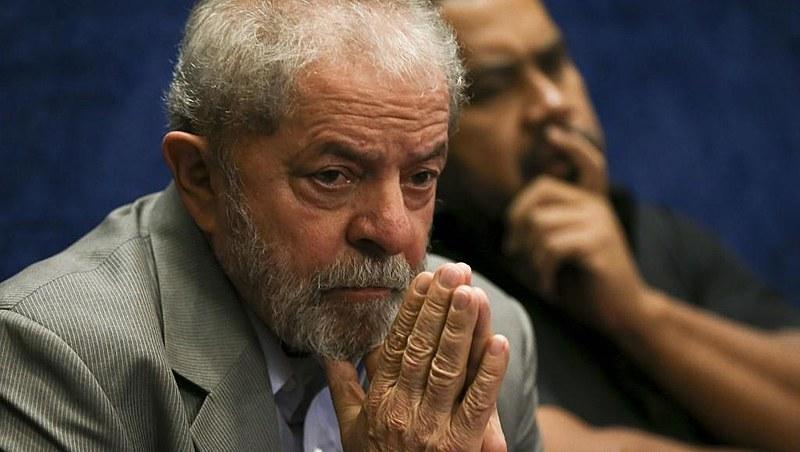 Lula foi condenado em janeiro pelo TRF-4 no caso do triplex; processo é criticado por diversos juristas por inconsistências técnicas