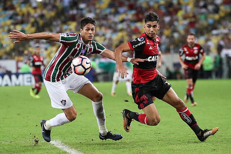 Tanto o Flamengo quanto o Fluminense não vivem um momento lá muito bom nessa temporada
