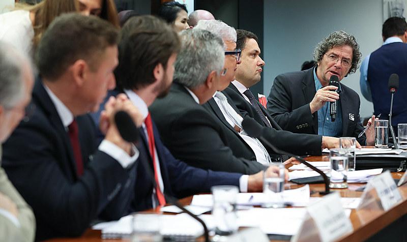 Audiência sobre verba para agências de pesquisa reuniu parlamentares, especialistas e interlocutores do governo
