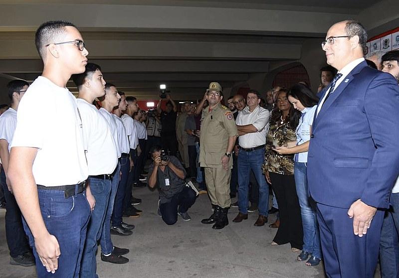 Wilson Witzel em inauguração de colégio militar do Corpo de Bombeiros em Volta Redonda (RJ)