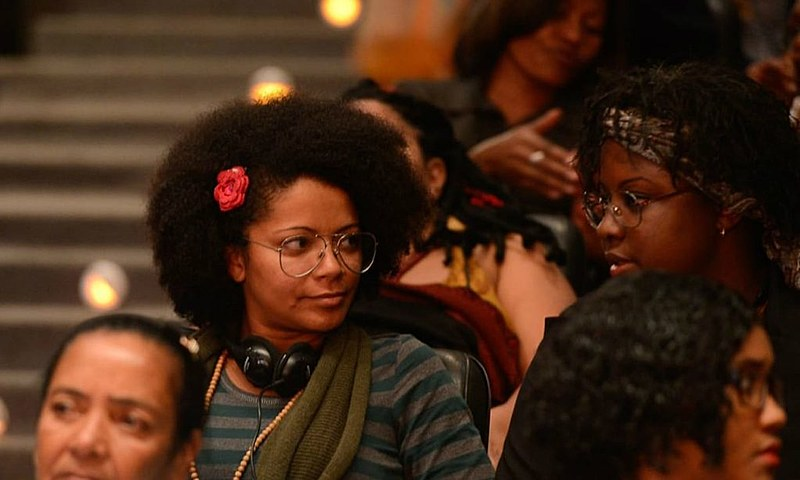 Para a especialista em relações raciais, Renata Nascimento, a pesquisa do IBGE sobre negros nas universidades públicas é superficial