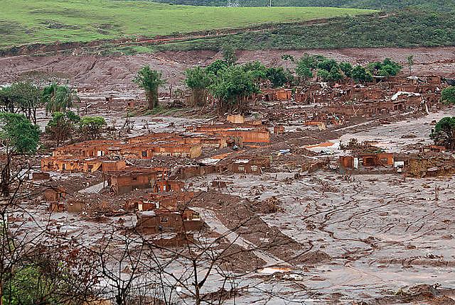Ruptura de la represa de Fundão (estado de Minas Gerais) completa dos años el día 5 de noviembre