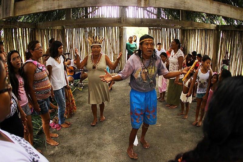 A aldeia de Piaçaguera é a maior dentre as 8 presentes no território e possui 27 famílias