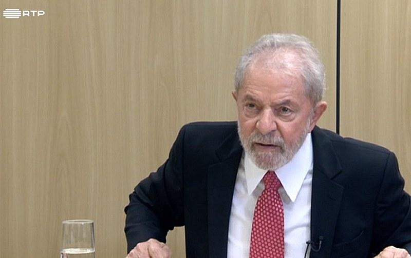 """Lula: """"Estou aqui tentando mostrar para o Brasil e o mundo como os novos golpes se dão na América Latina no século 21"""""""