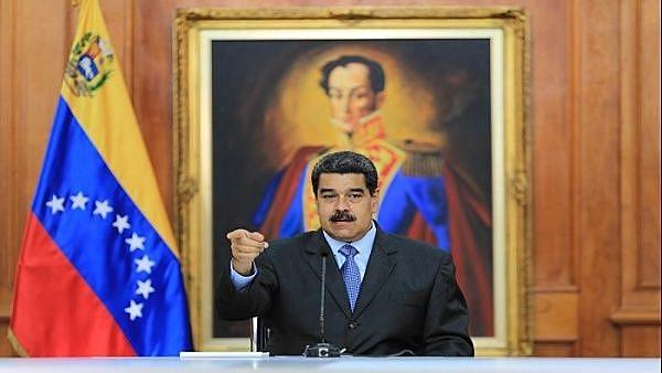 O presidente da Venezuela, Nicolás Maduro, tem sido alvo de ataques nacionais articulados com apoio internacional