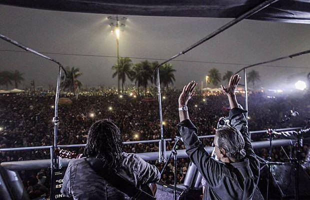 Un mar de gente participó en acto por convocatoria de elecciones directas en Copacabana, en Río de Janeiro