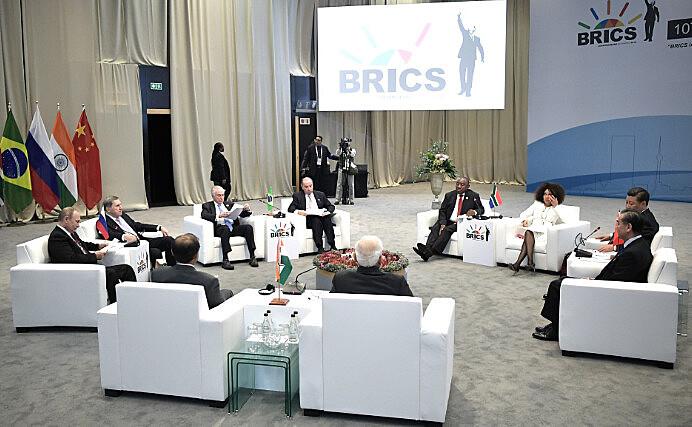 Tema foi debatido na Cúpula de 10 anos do Brics, na última semana
