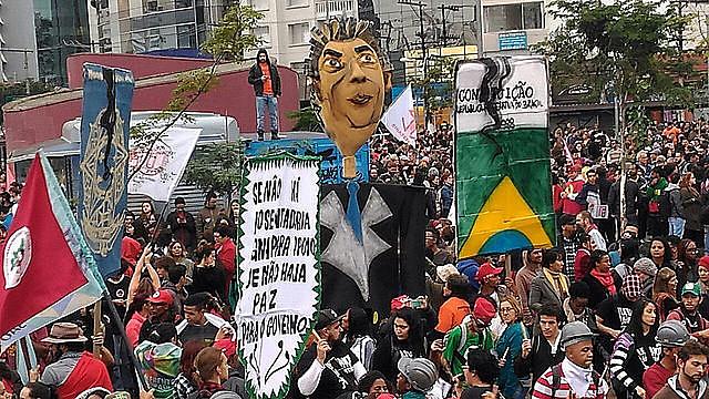 Ato realizado durante paralisação do dia 28 de maio em São Paulo (SP), no Largo da Batata