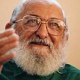 Paulo Freire nasceu em 19 de setembro de 1921, no Recife (PE), e faleceu em 2 de maio de 1997, em São Paulo (SP)