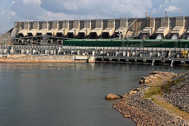 La central hidroeléctrica de Belo Monte incrementó los índices de deforestación en tierras indígenas en el entorno de la carretera