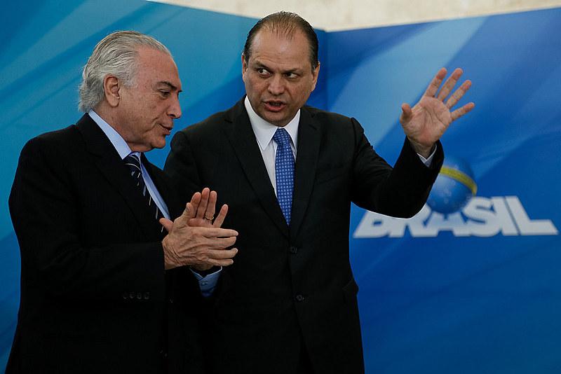 Michel Temer e Ricardo Barros, ministro da Saúde
