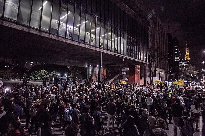Protesto na Avenida Paulista, em São Paulo nesta quinta-feira