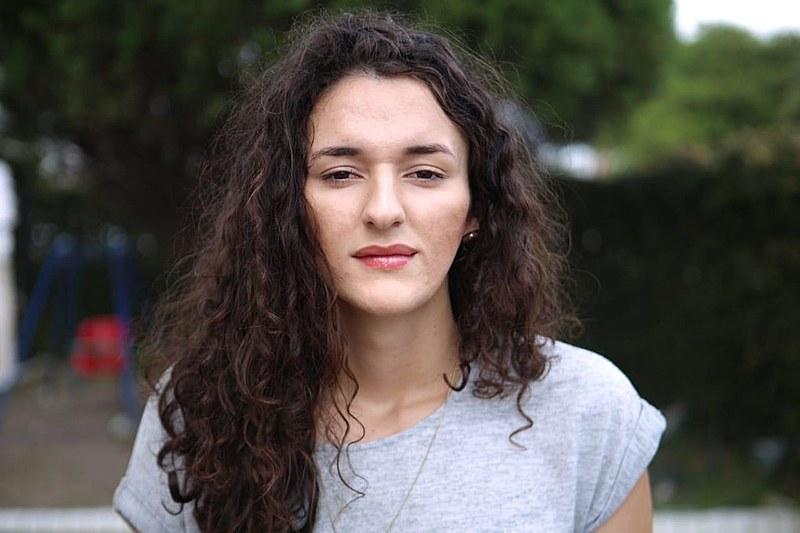 Articulista Maria Medeiros.