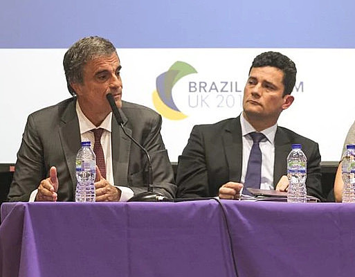 Ex ministro José Eduardo Cardozo y juez Sergio Moro divergieron, en 2015, sobre la necesidad de suspensión de contratos de la Petrobras