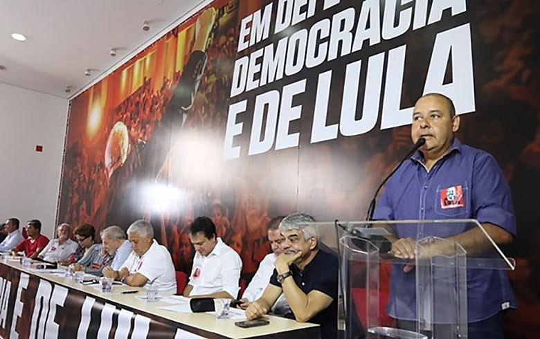 Pera presidente da CUT, elite econômica do país não terá paz nem atividade econômica com agravamento da crise social