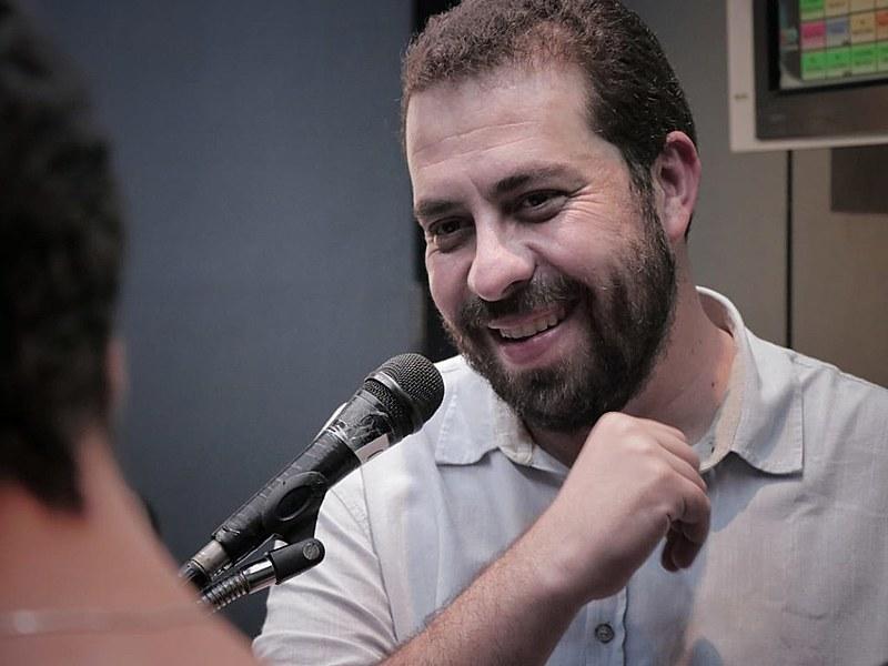 Candidato à Presidência em 2018, Boulos conocorre pela primeira vez à Prefeitura de São Paulo (SP)