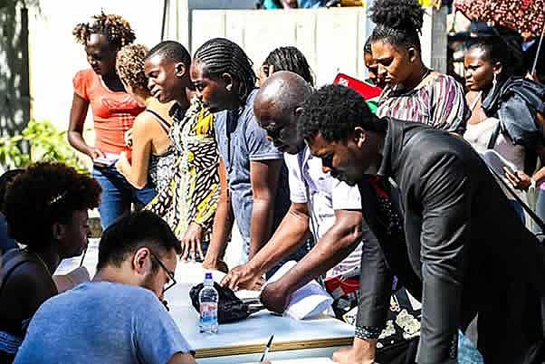 O racismo estrutural da sociedade brasileira manifesta-se, ainda, em matéria de política imigratória