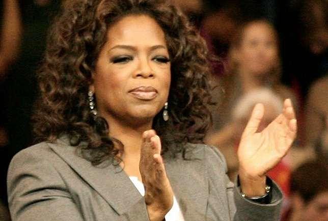 """Oprah nutriu no coração de cada menina e de cada mulher que a assistiu a esperança de que """"um novo dia está no horizonte"""""""