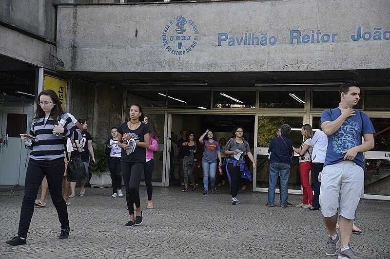 Dia de vestibular da UERJ em julho, no meio da pior crise na história