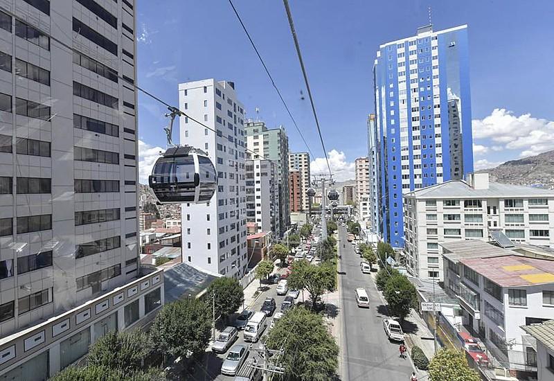 Em La Paz, Morales inaugurou o sistema de teleférico mais extenso do mundo