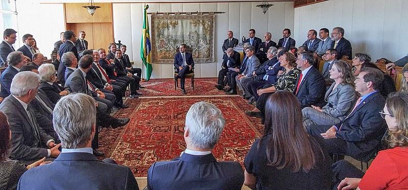 Parlamentares se reúnem com o presidente do Supremo Tribunal Federal (STF), ministro Dias Toffoli, para denunciar perseguição a Lula