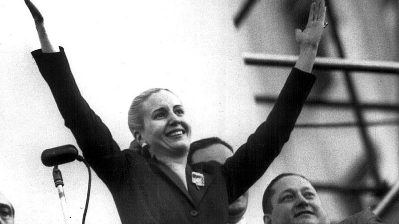 Evita também buscou consolidar uma organização exclusiva de mulheres na década de 1940