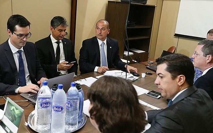 Reunião entre membros do MP e o relator da proposta, o deputado Onyx Lorenzoni (DEM-RS)