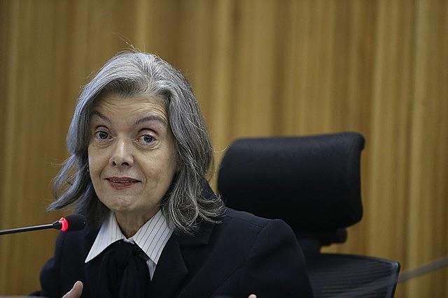 Presidenta de la Segunda Sala, Carmen Lúcia colocó el proceso del ex presidente al final de una cola de 12 procesos