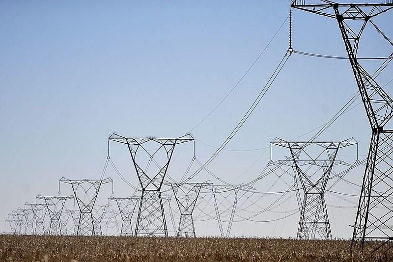 Venda das distribuidoras de energia já ocorrem desde ano passado na gestão Temer