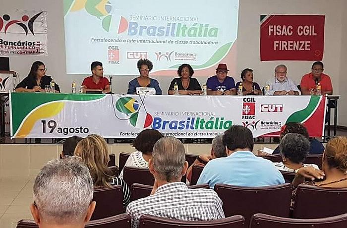 """Lema de Seminário foi """"Fortalecendo a luta Internacional da classe trabalhadora"""""""