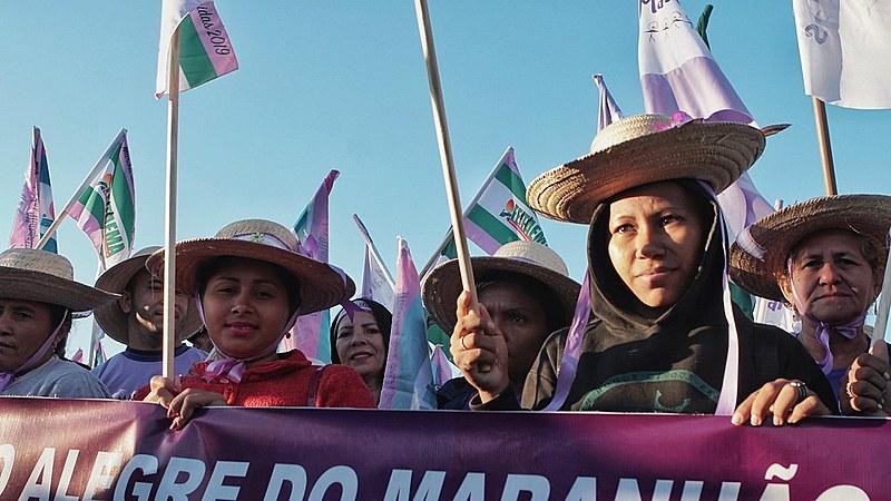 A mobilização teve a participação da Marcha das Mulheres Indígenas