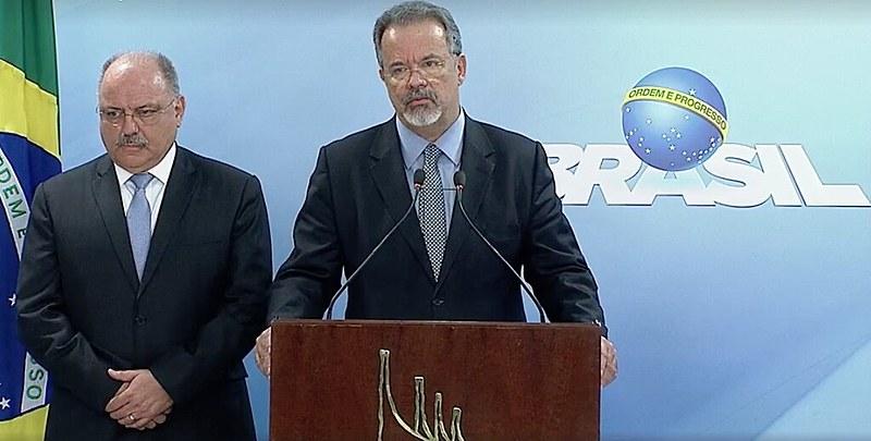 O anúncio foi feito por volta das 16:30, direto do Palácio do Planalto