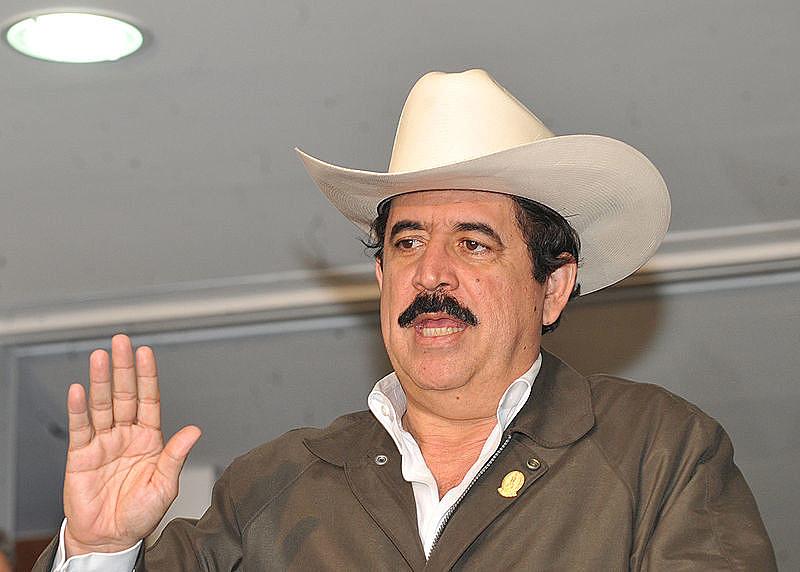 Zelaya se abrigou na embaixada brasileira após ser deposto por militares