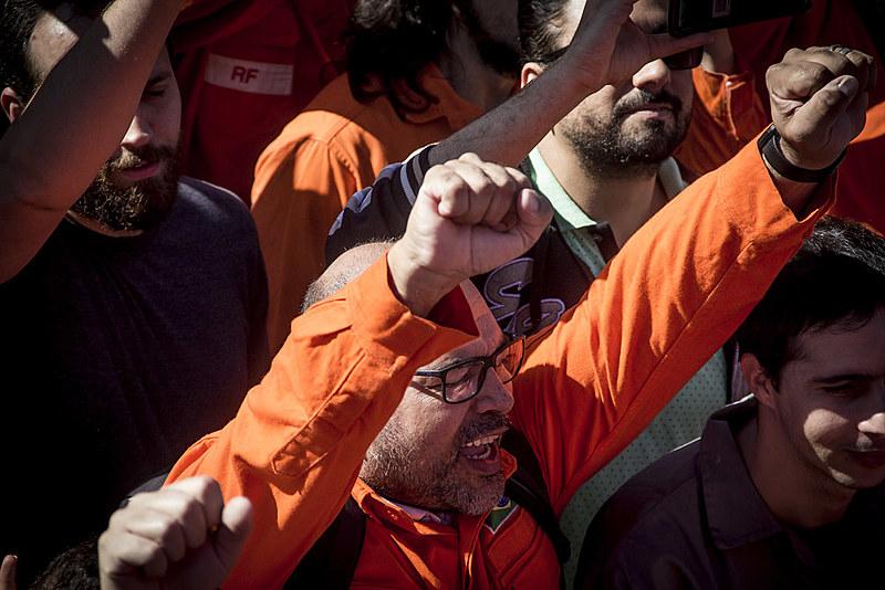 Sindicato também denuncia que a direção da empresa tem assediado os trabalhadores