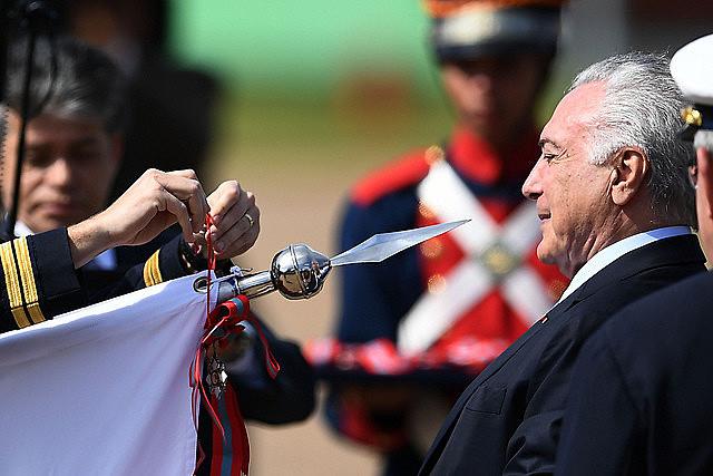 Ex presidente de Brasil Michel Temer fue detenido este jueves en San Pablo en el marco de la operación Lava Jato