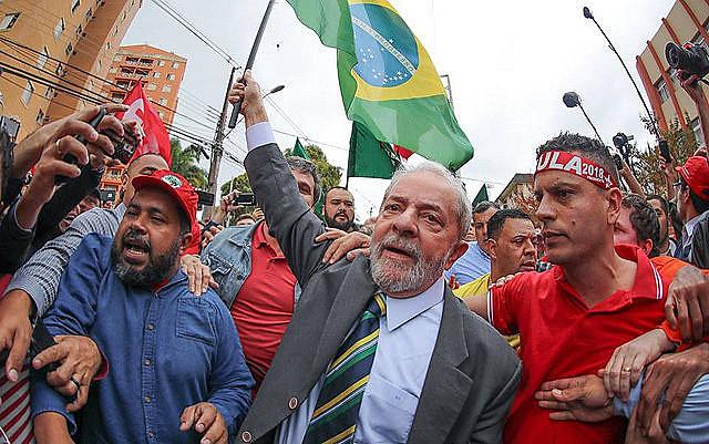 Lula durante el interrogatorio ante el juez Sergio Moro