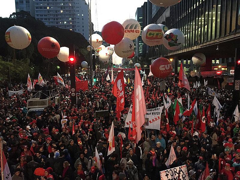A manifestação reuniu cerca de 100 milpessoas na Av. Paulista, segundo os organizadores.