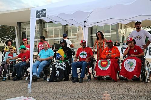 Greve de Fome: Grande ato de solidariedade marca o 26º dia de   Geral