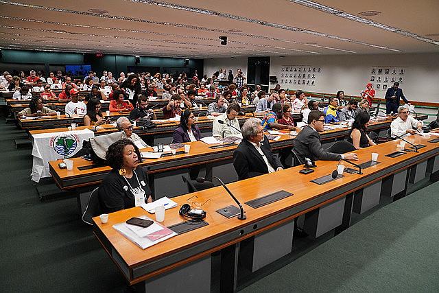Debate sobre los desafíos económicos de los Brics ocurrió este lunes (11) en Brasilia, capital federal de Brasil
