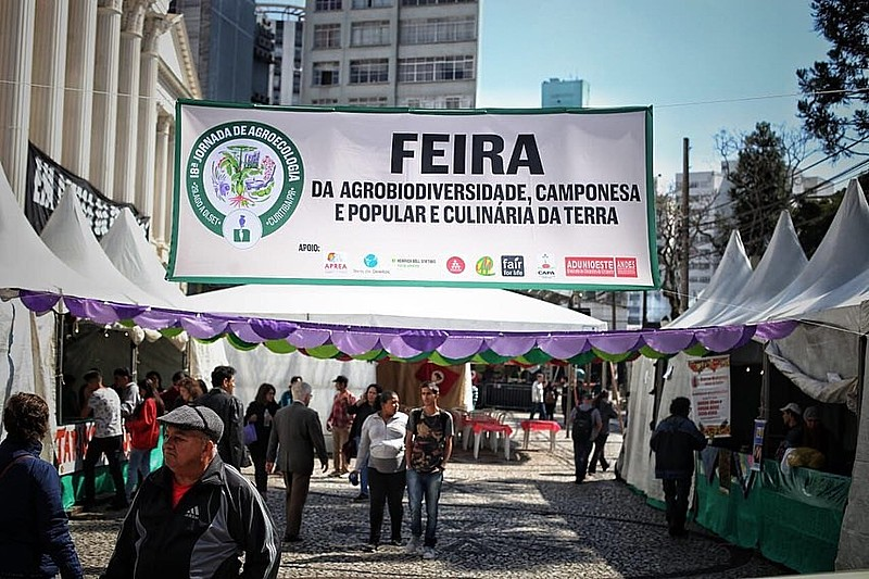 A 18º Jornada de Agroecologia recebeu debate sobre alimentação saudável, agroecologia, além de feiras de produtos orgânicos e oficinas