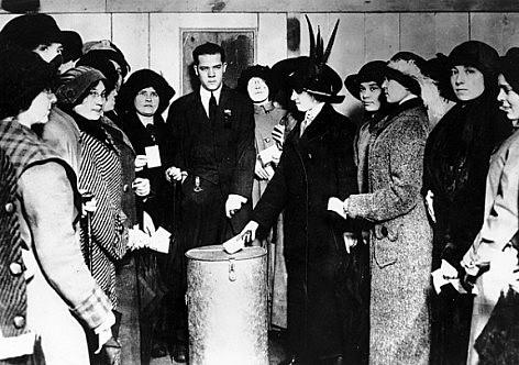 O dia 24 de fevereiro de 1932 é considerado o marco do direito ao voto feminino