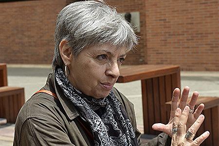 """A professora da UNAM abordará os conceitos de """"Guerras Híbridas e Dominação de Espectro Completo"""""""