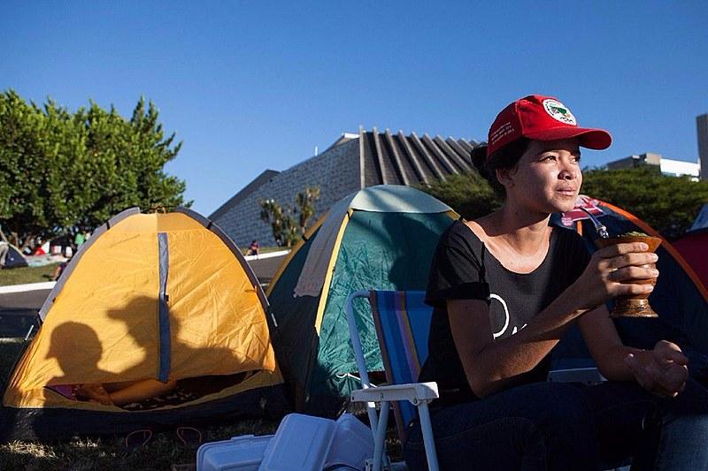 Acampamento reúne 1 mil pessoas no Distrito Federal