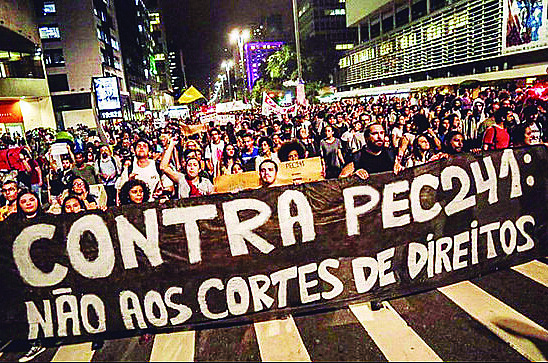 No Brasil inteiro os movimentos sociais se mobilizaram contra a PEC do Teto dos Gastos