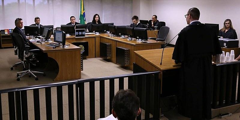 Desembargadores da 8ª Turma do Tribunal Regional Federalda 4ª região deram nova sentença a Lula no caso do sítio em Atibaia