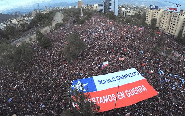 Manifestações populares pressionaram por mais direitos e participação popular