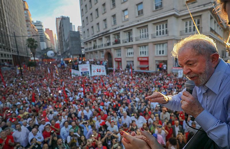 Ato com Lula na Esquina Democrática em Porto Alegre