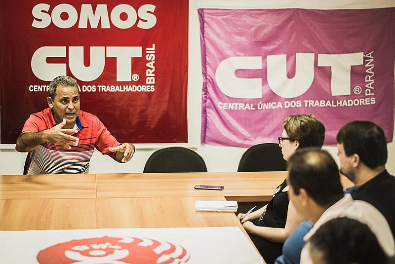 Em entrevista exclusiva concedida nesta terça,17, na CUT PR, Carlos Dios falou sobre o papel da conscientização de classes em Cuba
