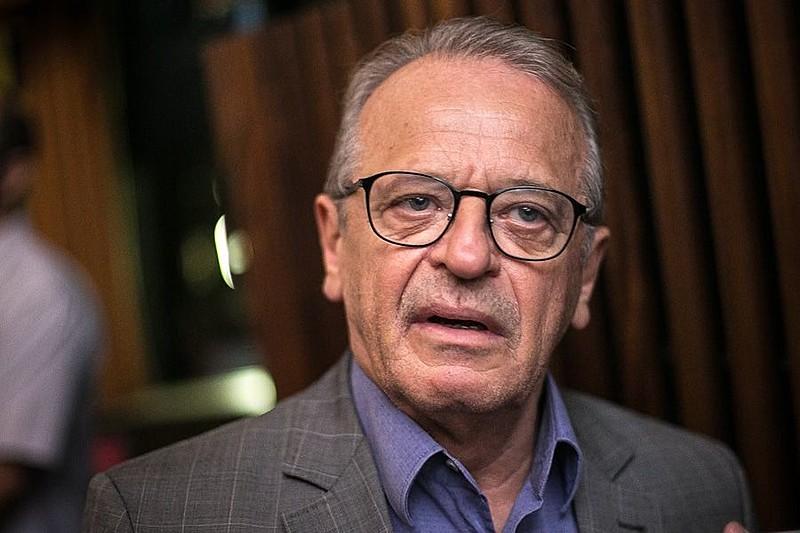 Decisão judicial de 2015 determinou o bloqueio dos bens do ex-governador. Posteriormente, ele deixou de ser réu da ação
